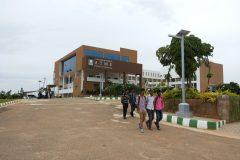 Solar_Street_Light_ATME_College_Mysore_06