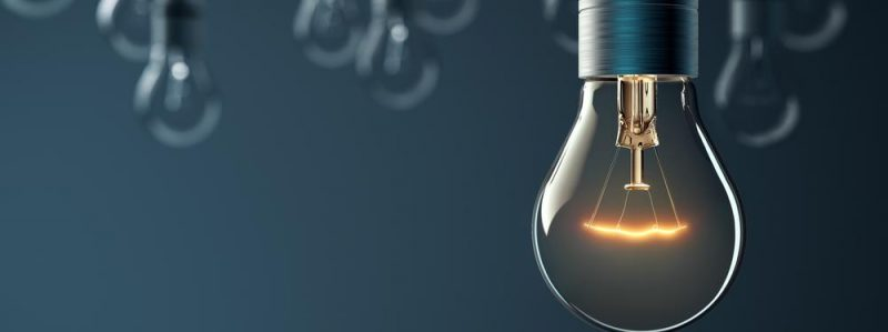 Glowing_Hanging_Light-Bulb_at_Apollo